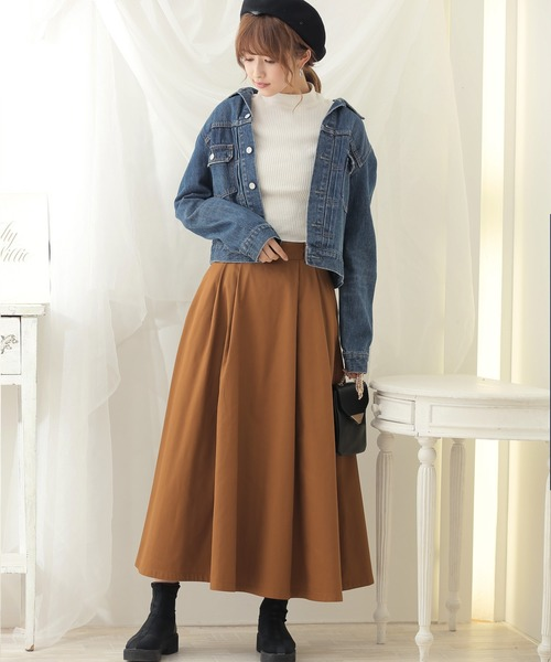 デニムジャケット×タックロングスカート