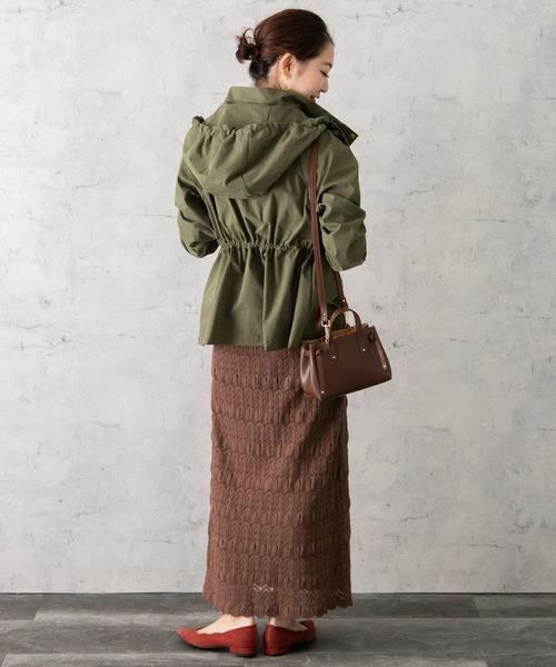 ブルゾン×ニットスカートの服装