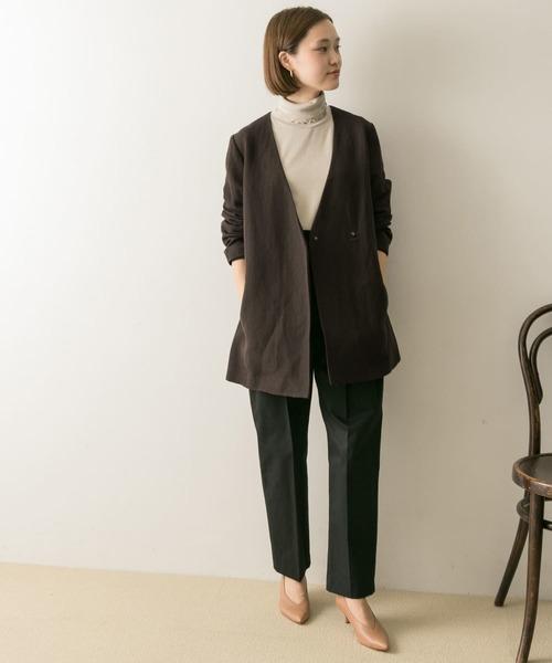 ジャケット×黒パンツの11月コーデ