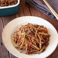 ごぼうの常備菜レシピ特集!美味しい作り置きおかずをストックしてお弁当も楽チンに♪
