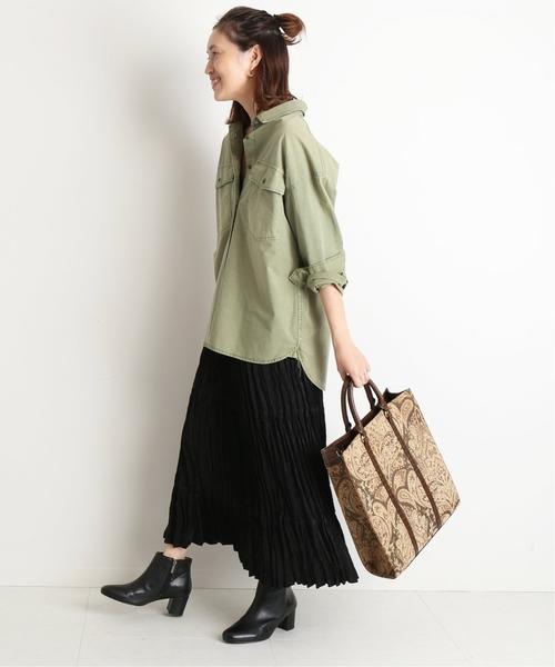 ミリタリーシャツ×ロングプリーツスカート