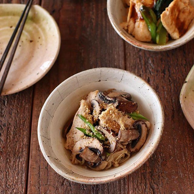 簡単な常備菜!鶏むね肉ときのこの和風仕立て