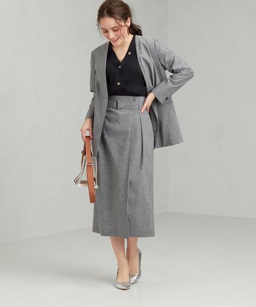 ノーラペルジャケット×ベルトタイトスカート