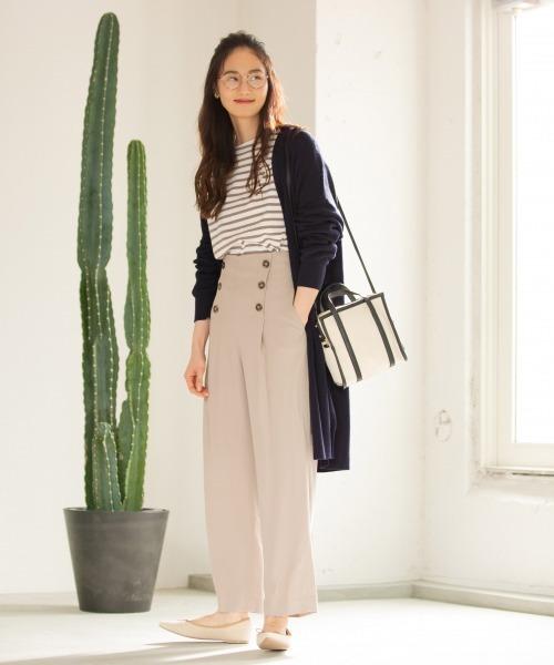 ロングカーデ×ダブル釦パンツの服装