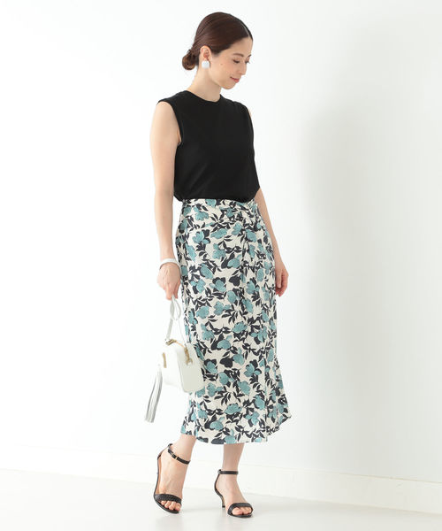 [BEAMS WOMEN] Demi-Luxe BEAMS / サテン フロントクロス スカート