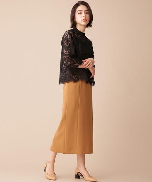 黒レースブラウス×タイトスカートの秋コーデ