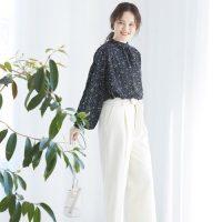 白ワイドパンツの秋コーデ【2020】大人の洗練されたおしゃれな着こなしをご紹介!