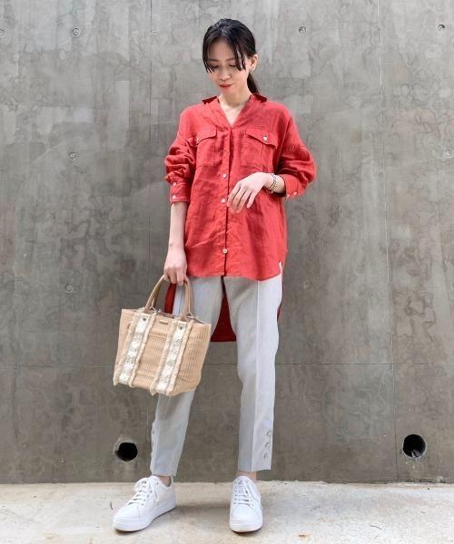 フレンチリネンシャツ×レディースパンツ