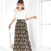 夏の黒フレアスカートコーデ【2020】おしゃれ度が増す上手な着こなしをご紹介♪