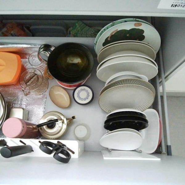 IKEAの鍋蓋オーガナイザーで食器収納