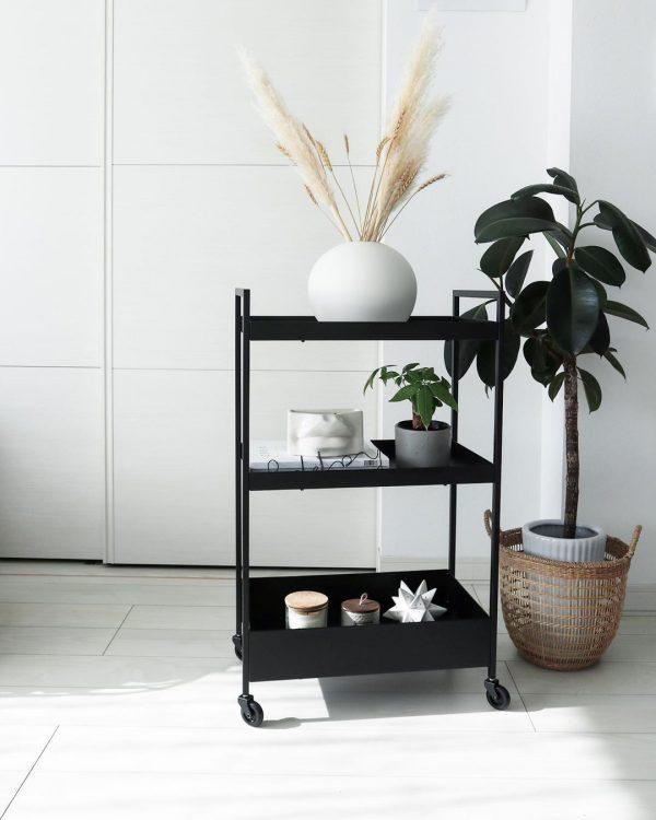IKEA新商品家具のクールなキッチンワゴン
