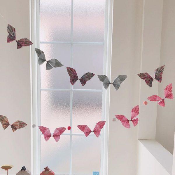 可憐なペーパー蝶々ガーランド作り方のコツ