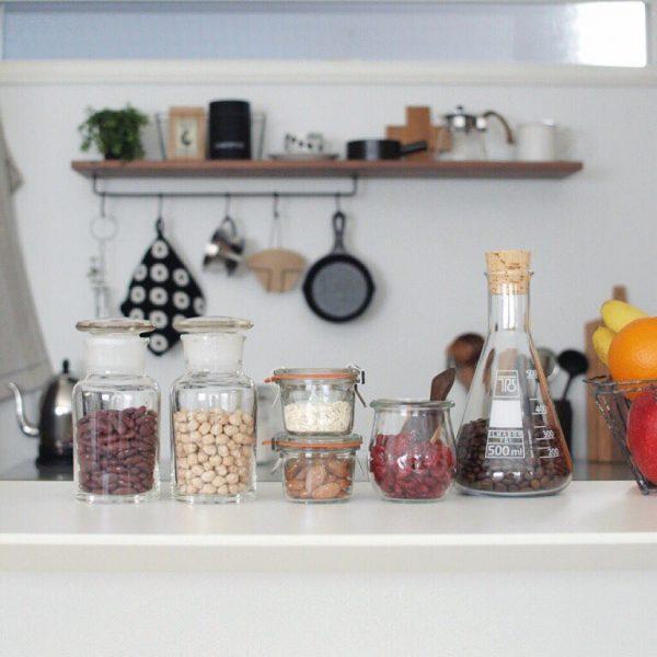乾物の保存にも適したガラス器具