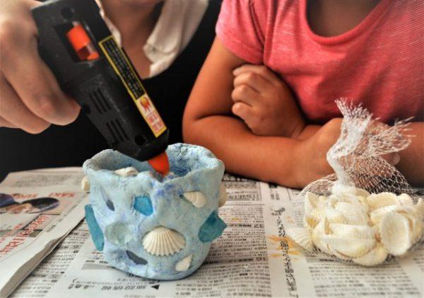 夏休みの思い出で作る貝殻アート工作