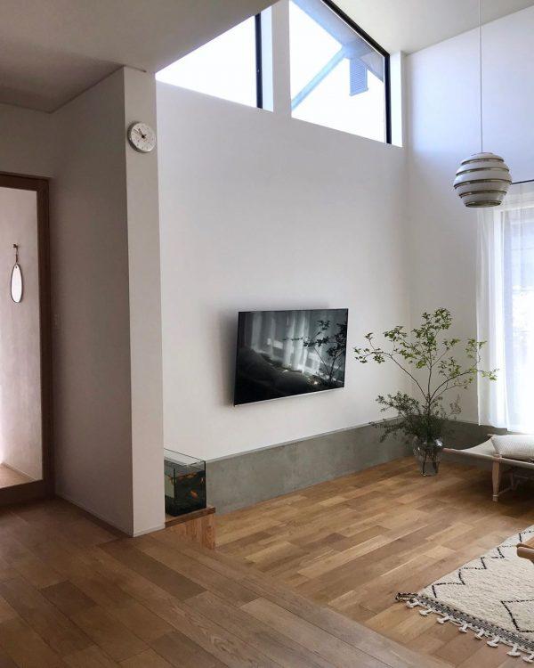 壁掛けテレビ8