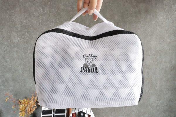 ほっこり和むパンダの刺繍入り洗濯ネット