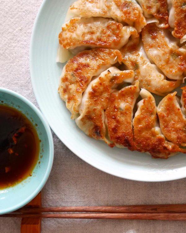 子供に人気の中華料理レシピ!野菜入り餃子