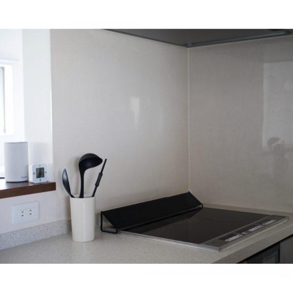 安定性のあるキッチンツールスタンド