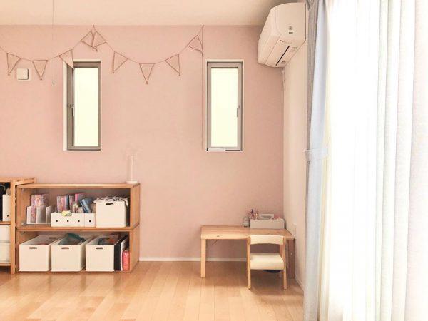 家具をコーディネートしやすいピンク