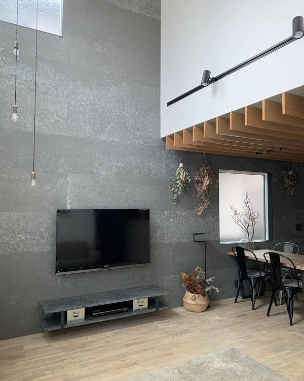 壁掛けテレビ9