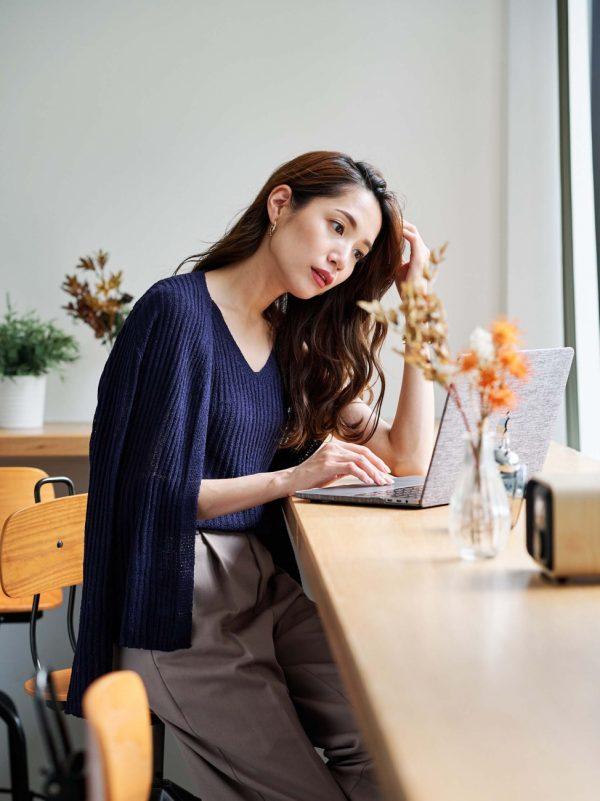 女性のオフィスカジュアル27