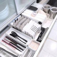 キッチンの引き出し収納まとめ!散らかりがちな小物をすっきりさせる整理アイデア