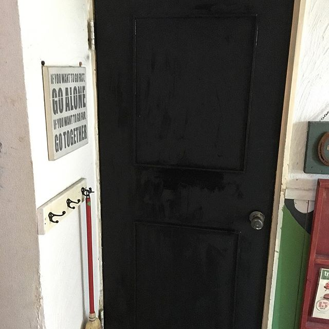 ドアをセルフリノベーション
