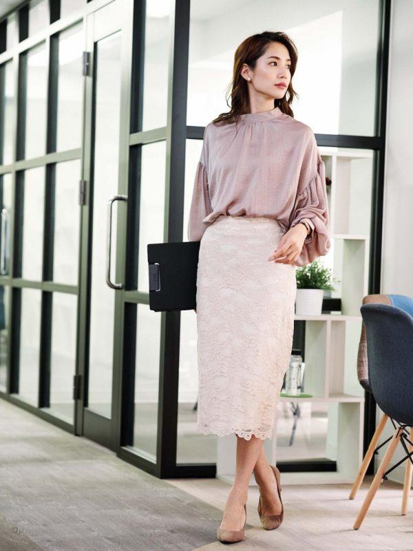 デートや女子会に着ていくスカート服15選4