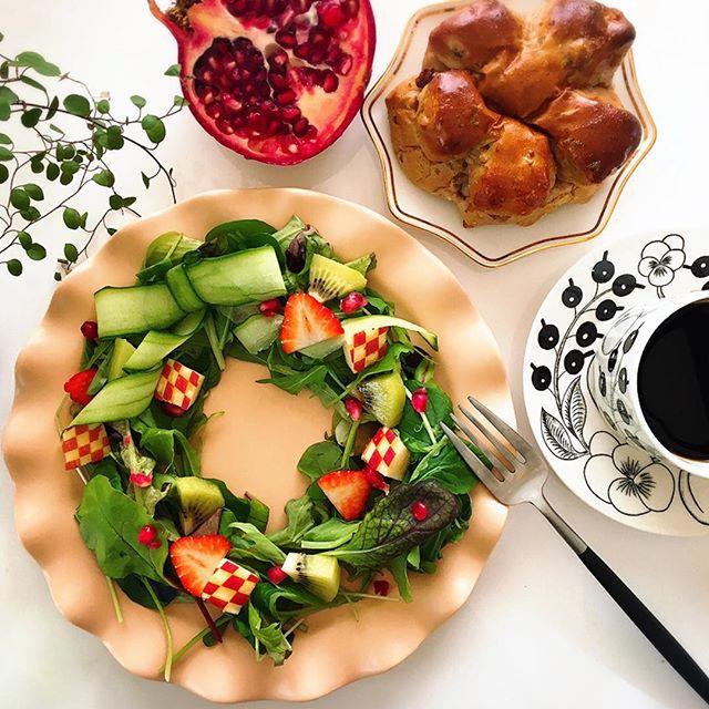 大人気!手作りのクリスマスリースサラダ