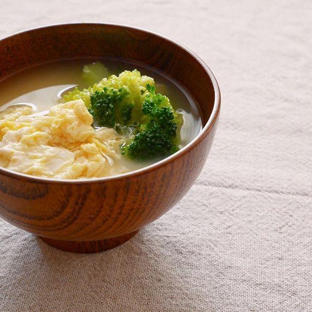 優しい甘味!ブロッコリーとかき玉の味噌汁