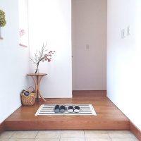 狭い玄関のおしゃれインテリア特集!空間を広く見せるアイデア実例をご紹介♪