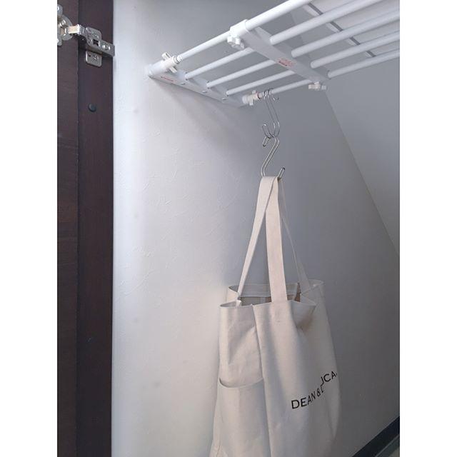 壁面棚の簡単DIYアイデア《突っ張り棒・突っ張り棚》2