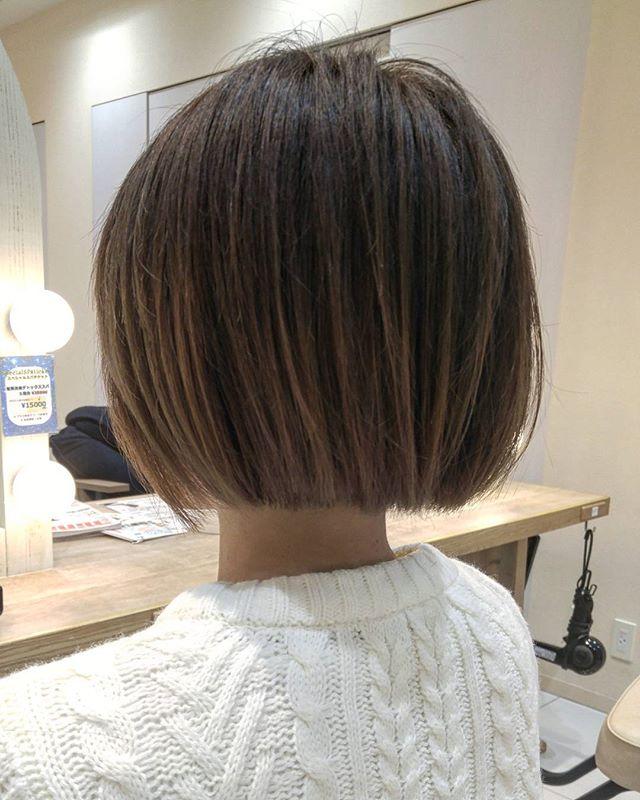 黒髪×ハイライトのスタイル《ショート》2