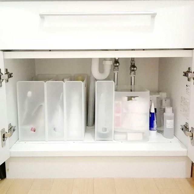 洗面所の収納棚《洗剤》4
