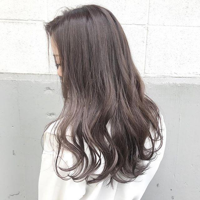 ロングに似合う髪色×冬×ダークパールアッシュ
