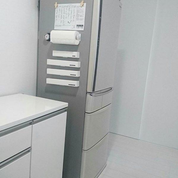 ラップやアルミは冷蔵庫周辺に収納