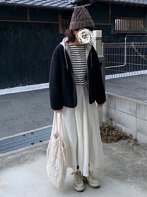 無印パーカー+ボーダー+スカート冬コーデ