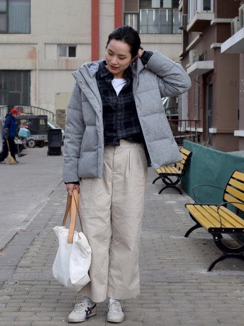 無印ダウンジャケット+ワイドパンツ冬コーデ