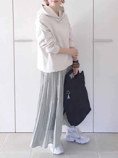 [ur's] サテンプリーツスカート