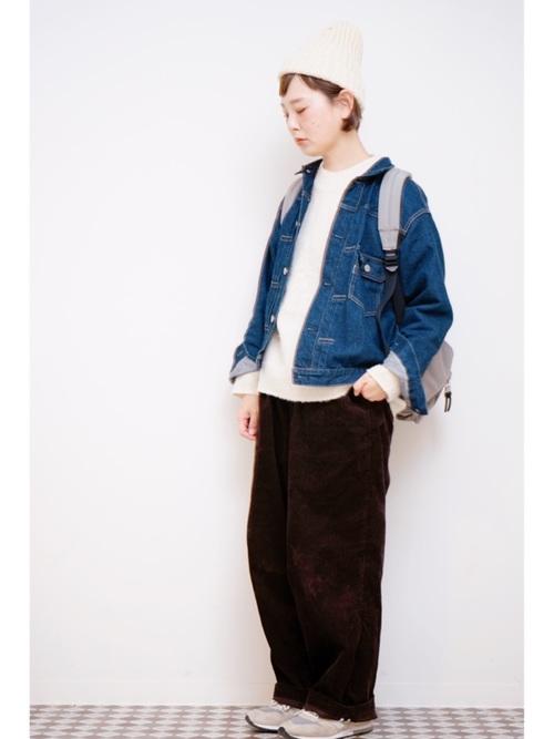 手編み感ニット帽×ニットセーター