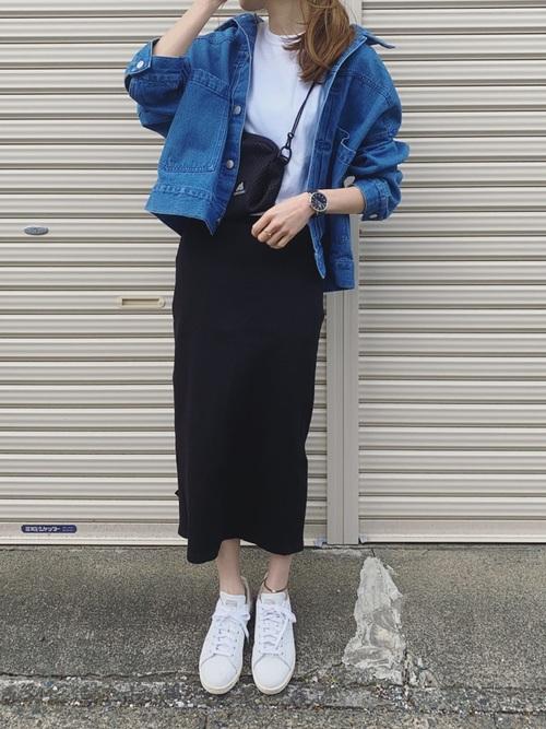 デニムジャケット×タイトスカート