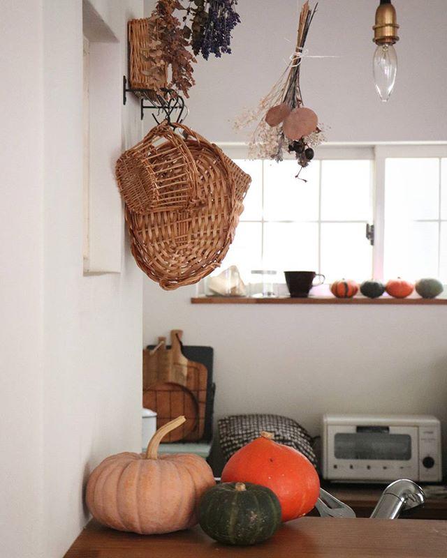 キッチンのハロウィンパーティー飾り付け3