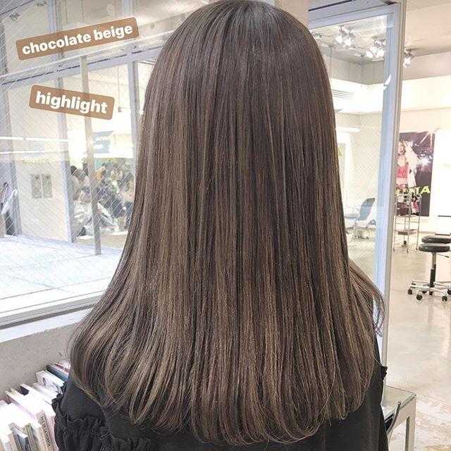 ロングに似合う髪色×冬×チョコレートベージュ