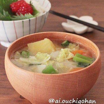カレーに合うスープに!レンコン味噌汁