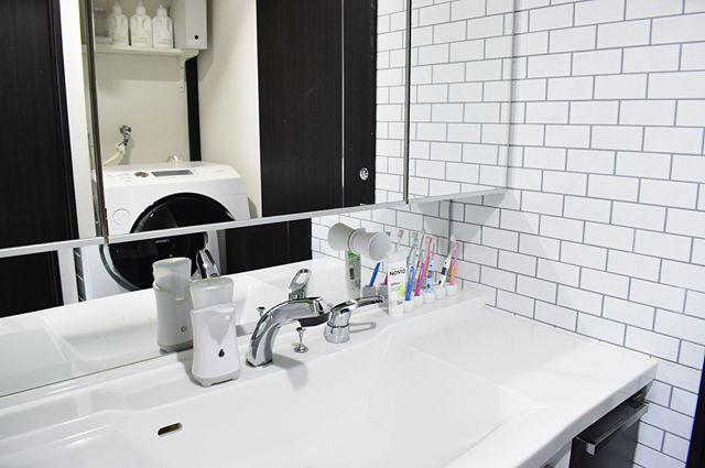 サブウェイタイルのインテリア実例《洗面・脱衣室》3