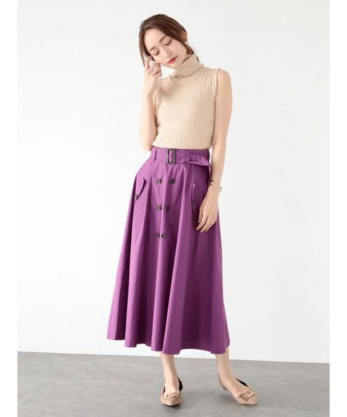 ノースリーブニット×紫スカートの着こなし