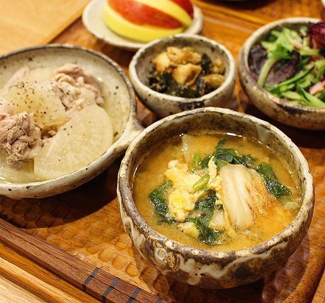 パエリアに合うスープ!キムチの味噌汁