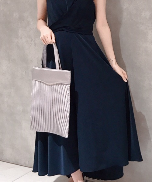 サテン×シフォンプリーツの女性用サブバッグ