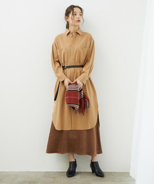 スカート×ワンピの服装