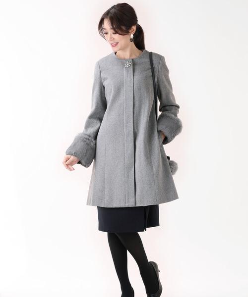 [BLUEEAST] ビジュー飾り2WAYファー袖ノーカラーコート